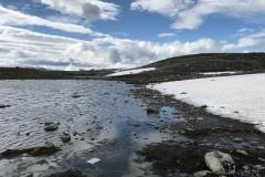 Jezioro-przy-Snieznej-Drodze