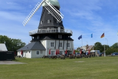 Olandia-wiatrak-w-Sandvik-