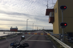 Szwecja motocyklem - ruchomy most