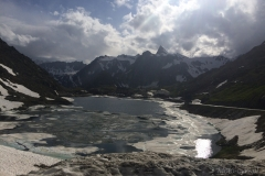 Jezioro-na-przełęczy-01